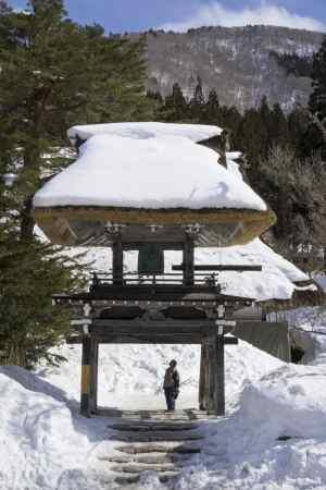 Man - Temple -min